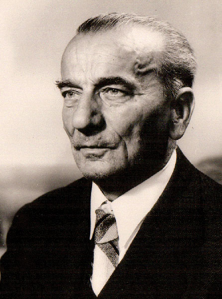 Mr Ladislav Gulović (1881 – 1967)